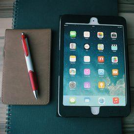 Het moderne huis:  alles regelen via je tablet